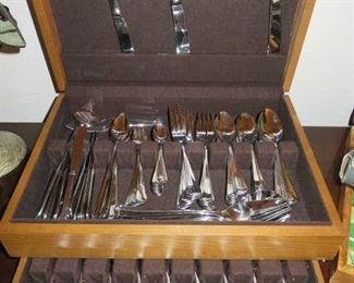 Retroneu Flatware Set Made in Korea