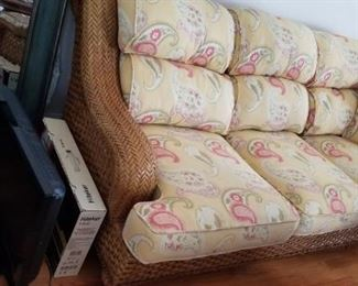 Laneventure Excursions couch