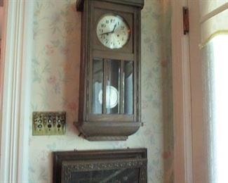 clock & wall pocket