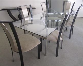GLASS TOP TABLE AND 6 CHAIRS BY ELITE