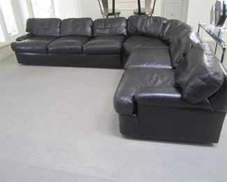 BLACK LEATHER SECTIONAL BY DIRECTIONAL