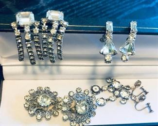 Rhinestone Colection https://ctbids.com/#!/description/share/218696