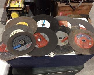 Grinder cutting wheels