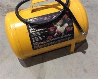 Small portable air tank