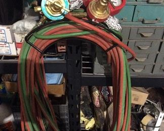 Acetylene torch gauges and hoses