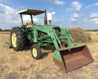 John Deere tractor Model 2040