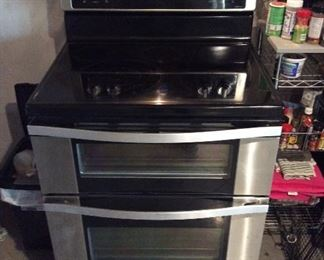 Schott Ceran electric stove and double oven First class $100 when new