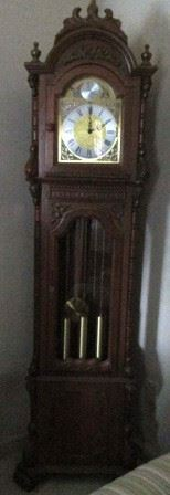 Tempus Fugit Urgos working grandfather clock