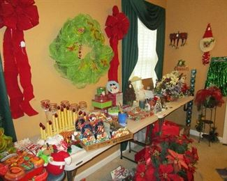 Picture of Miscellaneous Christmas items.  There are more.
