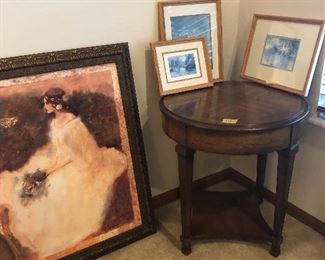small round table and pictures