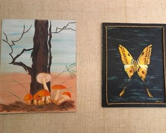 More magic mushrooms! The butterfly on the right is a hallucination