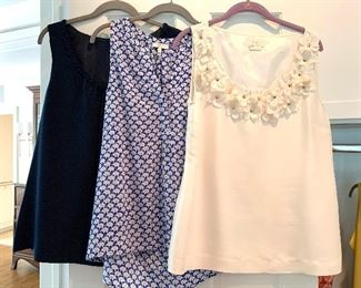Short sleeve blouses ; Shoes are 9.5-10 Clothes range from S-L. Most 8/10 and M/L