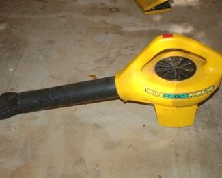 Weed Eater electric blower