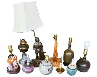 30. Interesting Mixed Lot Vintage Table Lamps