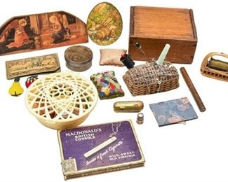 38. Collection of Vintage Sewing Accessories Extras