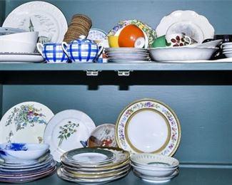 182. Grouping of China and Dishware