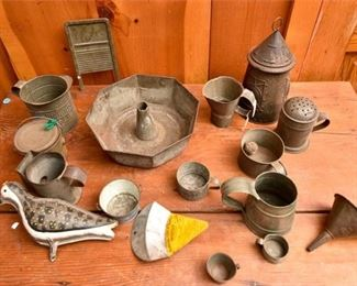 196. Large Mixed Lot Vintage Tin Kitchen Accessories wExtras