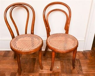 276. Pair European Style Bent Wood Cafe Side Chairs
