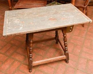 283. Vintage Country Primitive Pine Wood Side Table