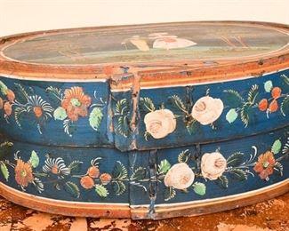 301. Shaker Style Painted Wood StorageHat Box wLid