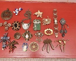 357. Womens Vintage Costume Jewelry