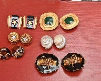 358. Six 6 Pairs Womens Designer Earrings