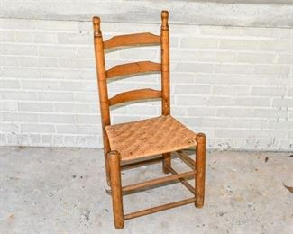 153. Antique Shaker Style Oak Side chair