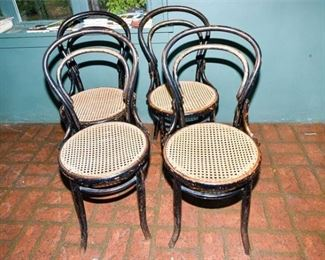 179. Set of Four 4 Bent Wood THONET Cafe Side Chairs