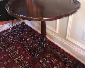 PAIR OF ETHAN ALLEN PIECRUST TABLE