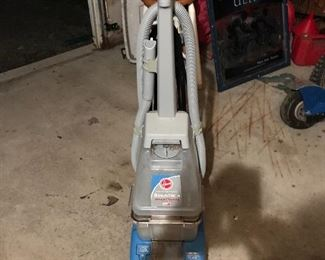 Bissell shampooer and extractor