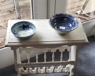 white wooden side table, blue/white bowls