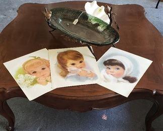 coffee table, Snow White (?) prints, decor