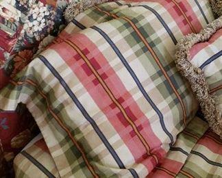 queen upholstered headboard, comforter set