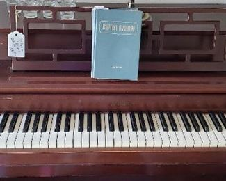 Cable-Nelson piano with bench