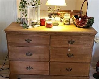 6 drawer chest, bird cage, accessories