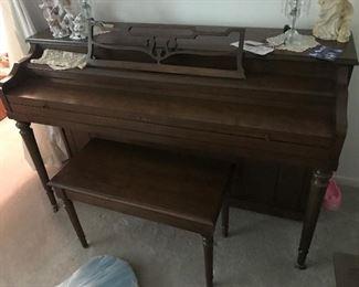 Piano / Bench $ 320.00