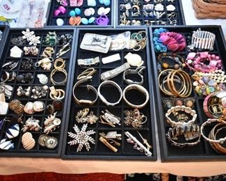 EARRINGS, BRACELETS, WATCHES, BROOCHES