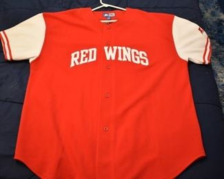 RED WINGS SHIRT