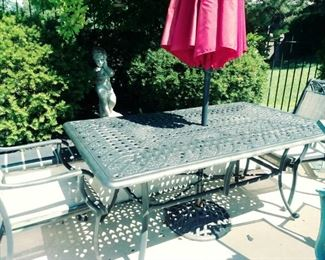 wr iron patio table & chairs