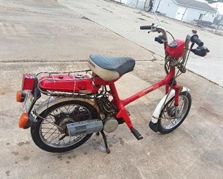 1981 Honda Express Moped