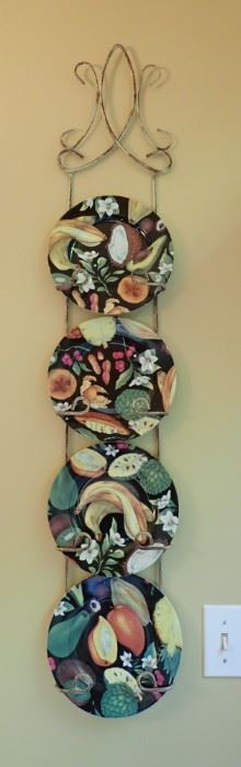 FUN AND COLORFUL WALL PLATES