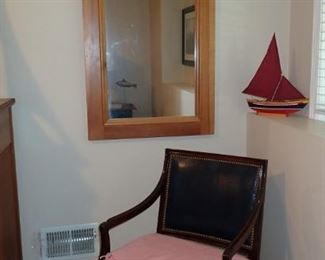 ARCHED PINE MIRROR / ARM CHAIR
