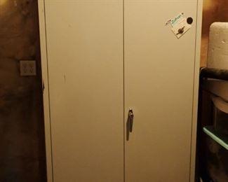 METAL 2-DOOR CABINET