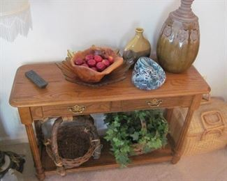 Nice Entryway / Sofa Table
