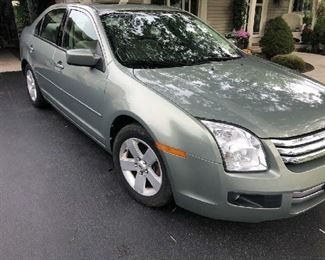 2008 FORD FUSION  75,434 MILES. GREAT CONDITION!