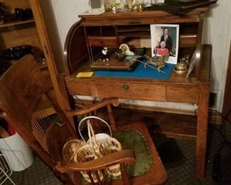 Antiques Hoosier Cabinet Roll Top Desk Starts On 8