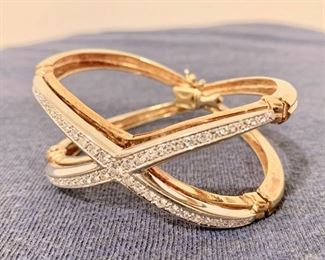 Ladies Hinged diamond bracelet, 14K Gold with 53 diamonds, 15 point 1.20 carat total weight(Correction Pending), VS-SI-1 Clarity, 61.19 total grams in weight