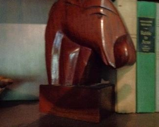 several set of these horse head bookends