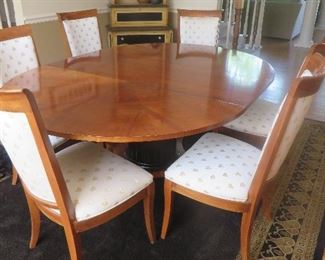Round Neo-Classic Dining Table on Pedestal Base 6 High Sleigh Back Dining Chairs