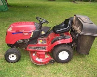 THIS IS A TORO LX 465 TWIN CYLINDER WITH GRASS CATCHER
